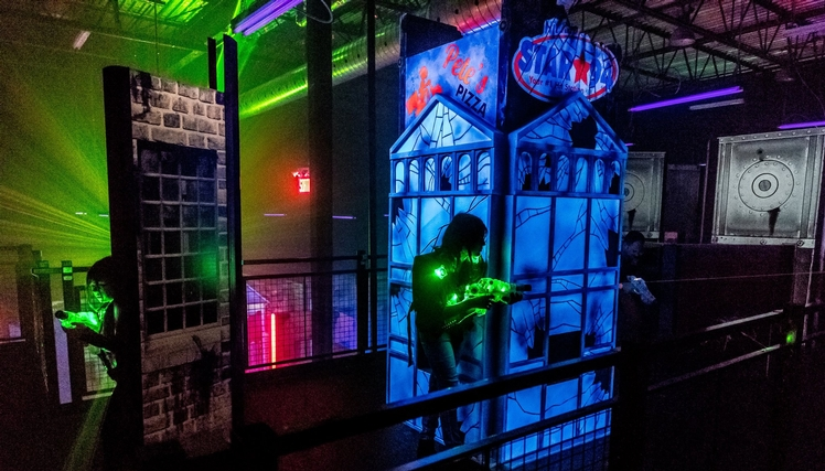 Zone 15 Laser Tag Mini Putt Recreational Centre Laval Sheet